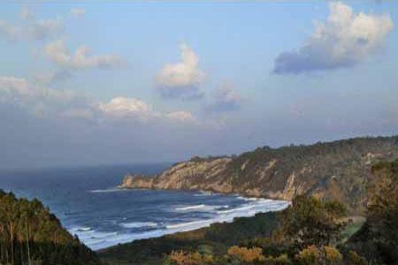 Playa de Barayo entre los concejos de Navia y de Valdés en el occidente de Asturias Playa de Barayo entre los concejos de Navia y de Valdés en el occidente de Asturias